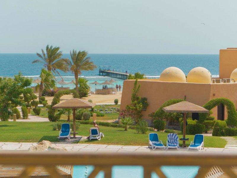 Wadi Lahmy Azur Resort - 3 Popup navigation